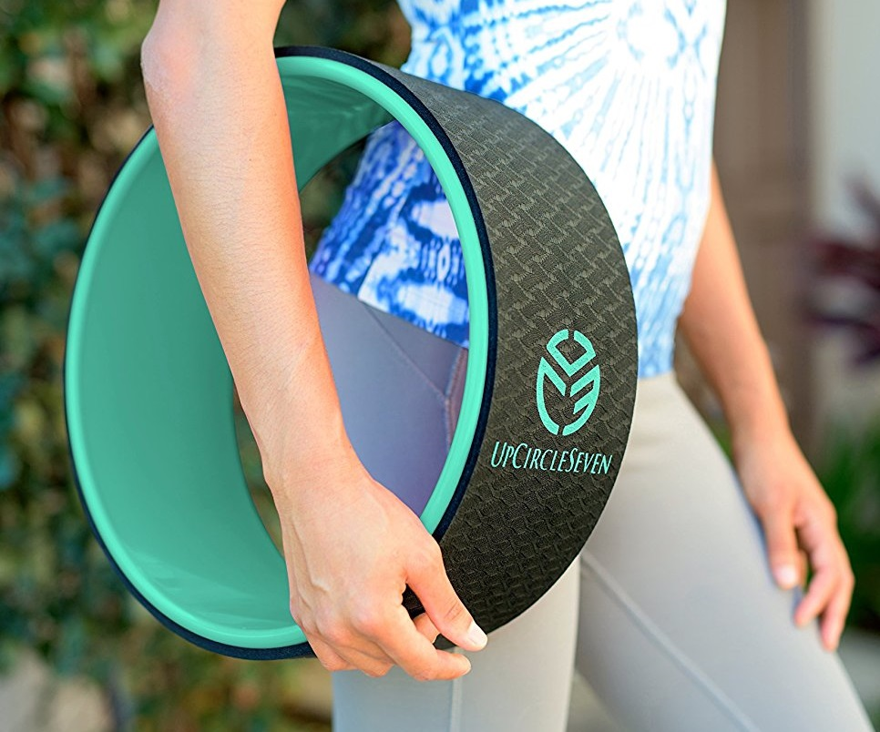 how to use a yoga wheel